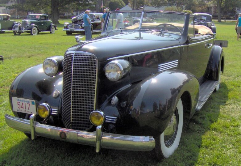 Cadillac De Ville Series 70